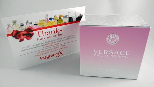 caixa-Perfume Bright Crystal comprado no site FragranceX