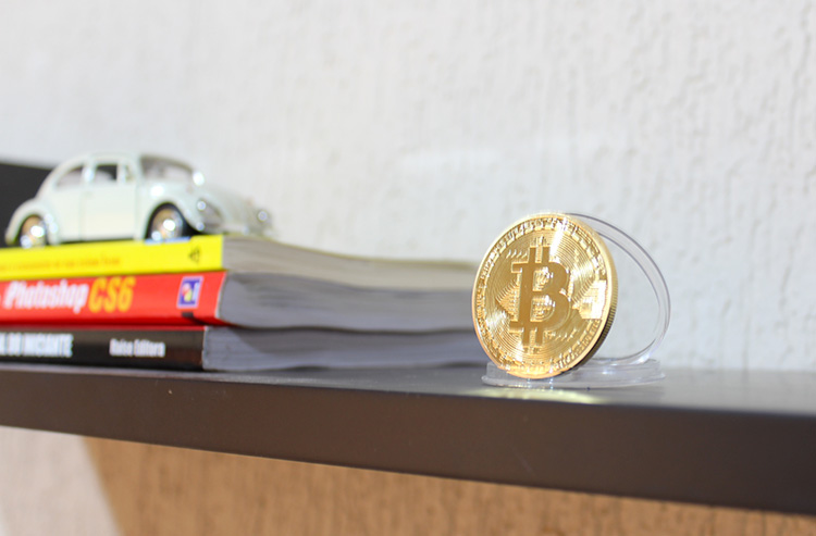 Kit-com-3-Moedas-de-Bitcoins-02